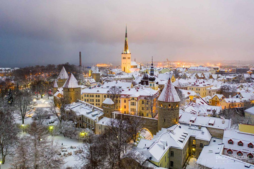 Lumine Tornide väljak 2021